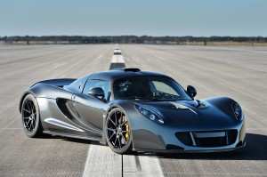 Hennessey Venom GT front side view