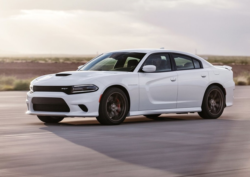 Dodge-Charger-SRT-Hellcat-2015-side3