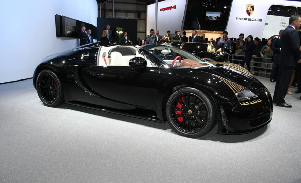 bugatti introduced the latest veyron grand sport vitesse black bess legend edition super cars. Black Bedroom Furniture Sets. Home Design Ideas