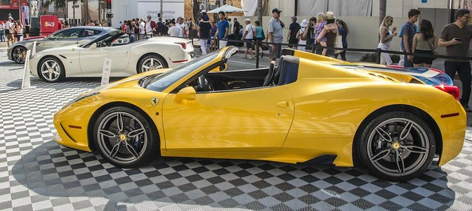 1000 Ferrari Models in Beverly Hills on Rodeo Drive…What a Sight To See-VIDEO