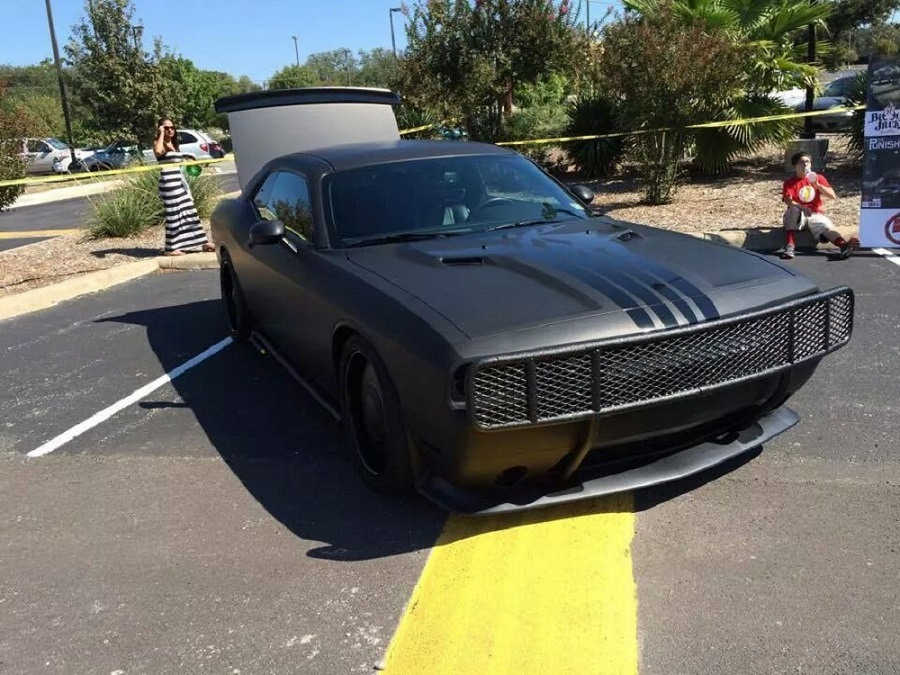 Black Book Cars >> Tim Duncan with the Tuning Dodge Challenger-Punisher donation in Charity - Super Cars Corner