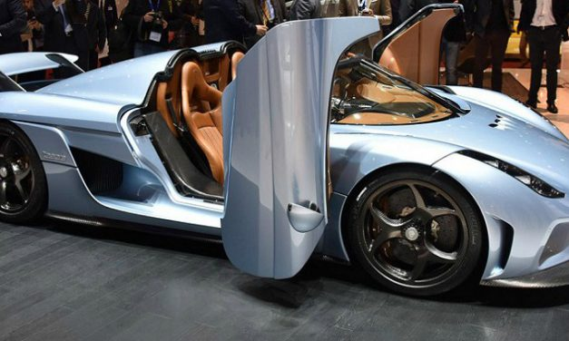 The Regera – a new Era: Koenigsegg's Hybrid SuperCar with 1500 HP