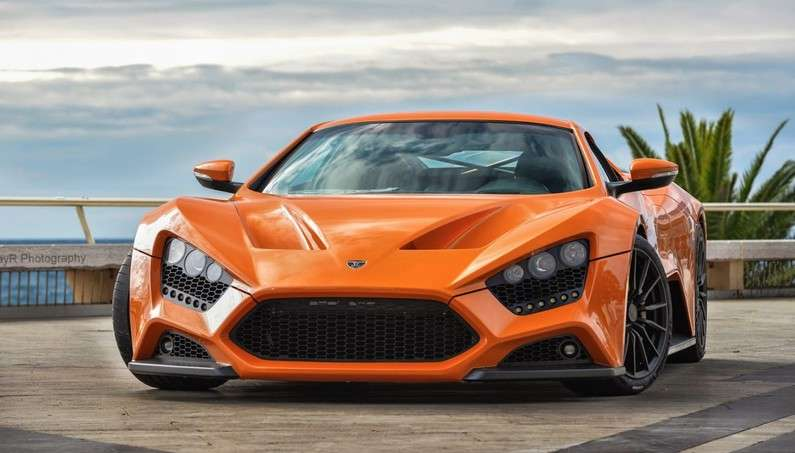 1104 Hp Zenvo St1 Supercar Surrounded By Paparazzi In