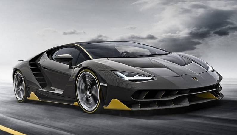 Lamborghini Centenario In Real Action for the First Time!