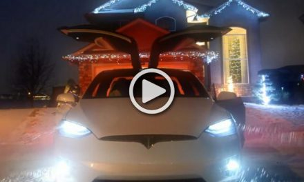 Tesla Model X Hid an Awesome Christmas-themed Easter Egg in the last Update!