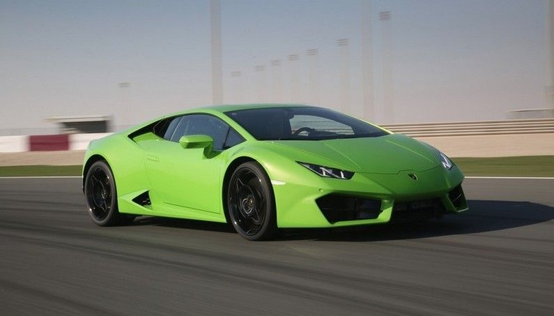 Excellent Drive in the Candy Green 2016 Lamborghini Huracan LP 580-2