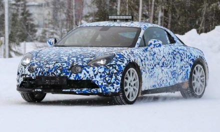 Spy shots: 2017 Renault Alpine A120
