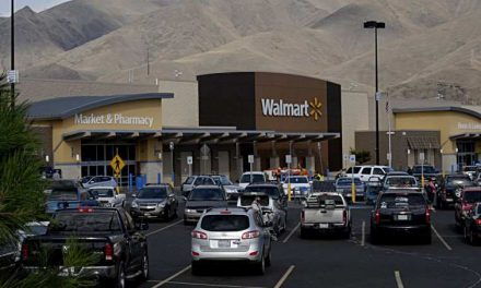 Wal-Mart Is Going to Provide Car-Buying Services