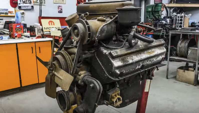 Watch This Chrysler Firepower Hemi Rebuild In 5 Minutes