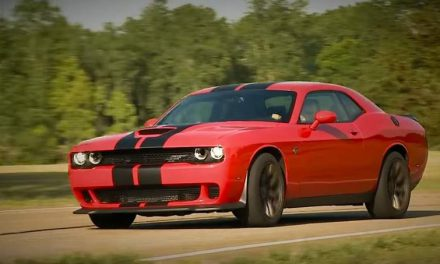 The 707 hp Dodge Challenger Hellcat Will Stop Your Heart