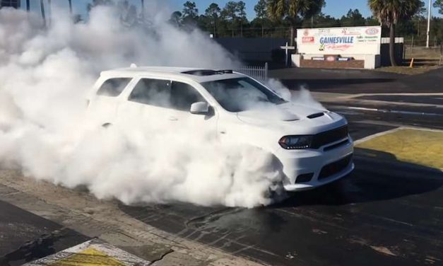 2018 Dodge Durango SRT Does a Four-Wheel Burnout