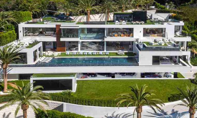 $250 million Luxury Residence With Its Own Car Collection