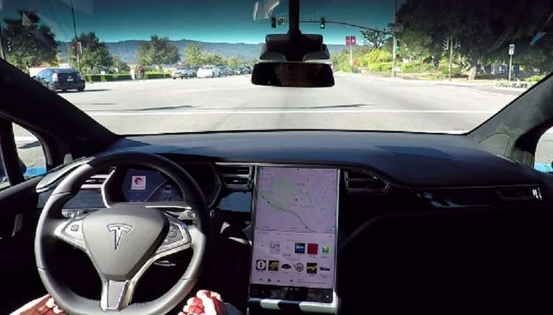 Tesla Dropped The Lawsuit Against Its Former Head-image 2