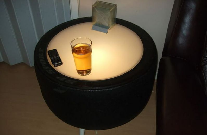 tire table-made-from-car-tyres