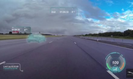 Jaguar Reveals New 'Virtual Windscreen Concept'